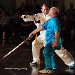 2 man sword fighting form
